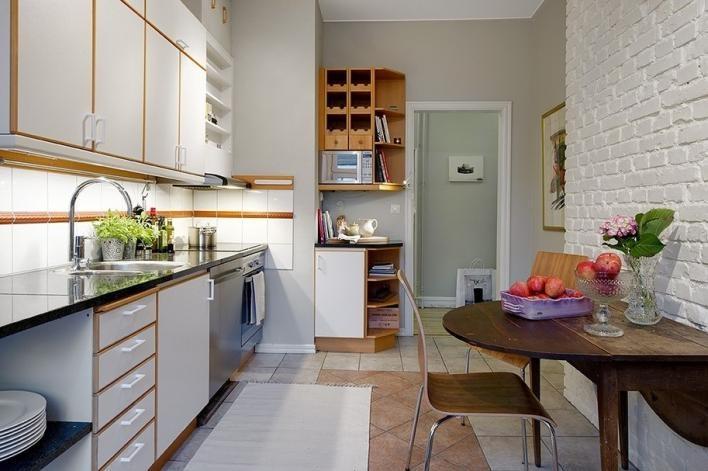 Дизайн кухни с белыми стенами