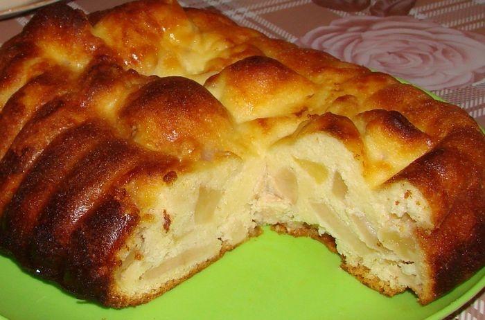 Пирог творожный на кефире с яблоками рецепт