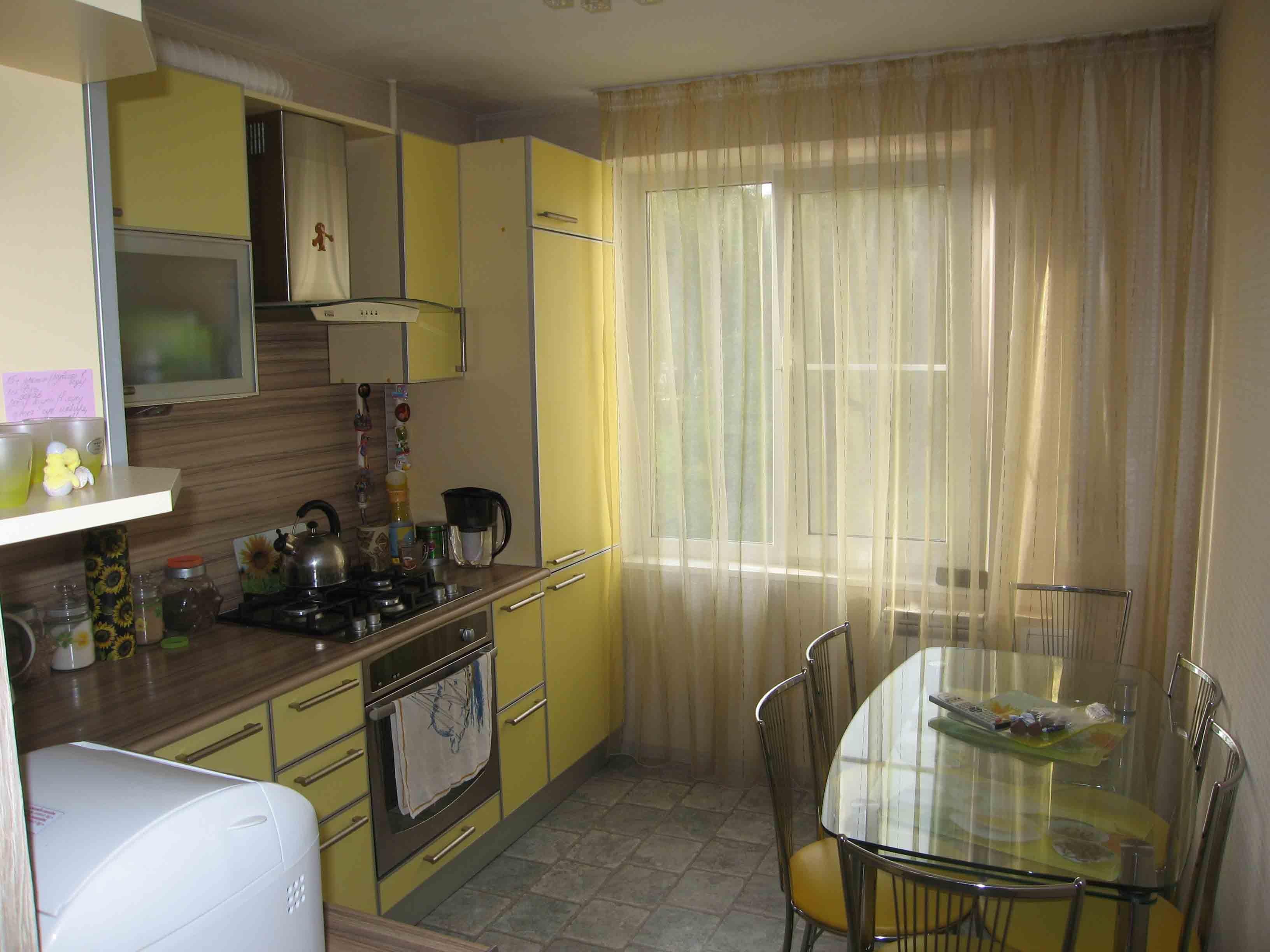 Светлая кухня: современный интерьер в светлых тонах.