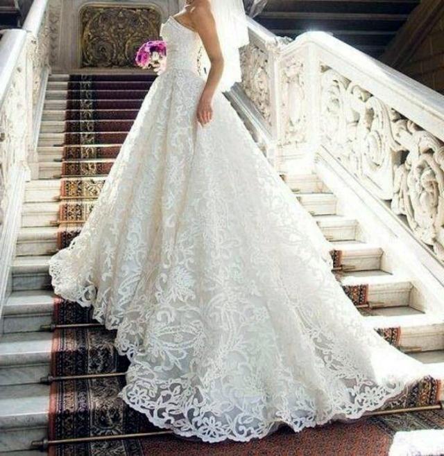 Круживные свадебные платья