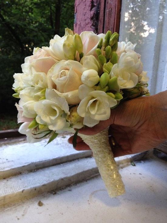Букет невесты своими руками из белых роз