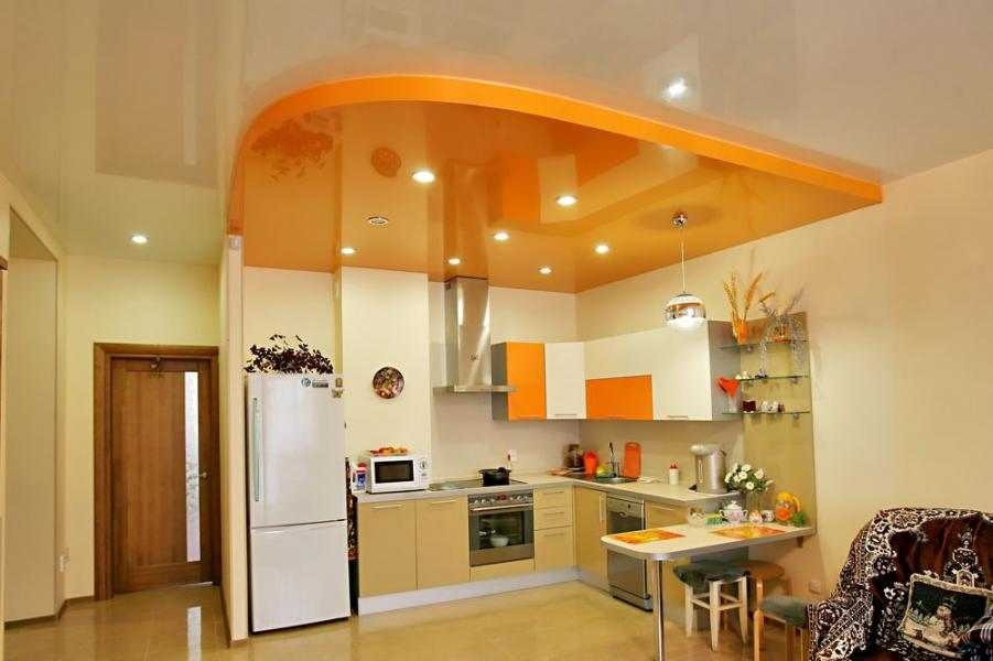 Дизайн светильников на потолке на кухне