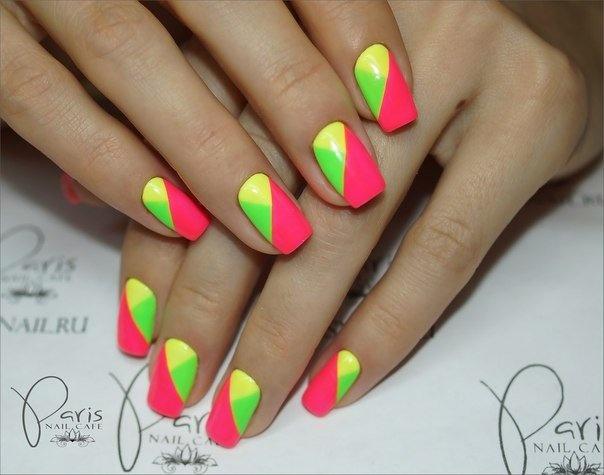 Гелевые ногти дизайн яркий