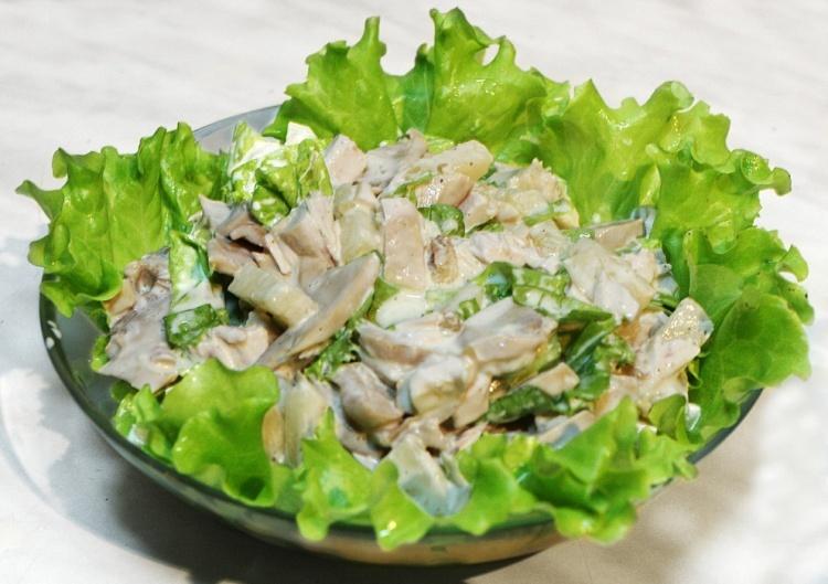 Вкусный салат с курицей новый