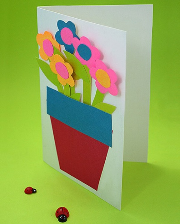 Открытка своими руками с цветной бумаги