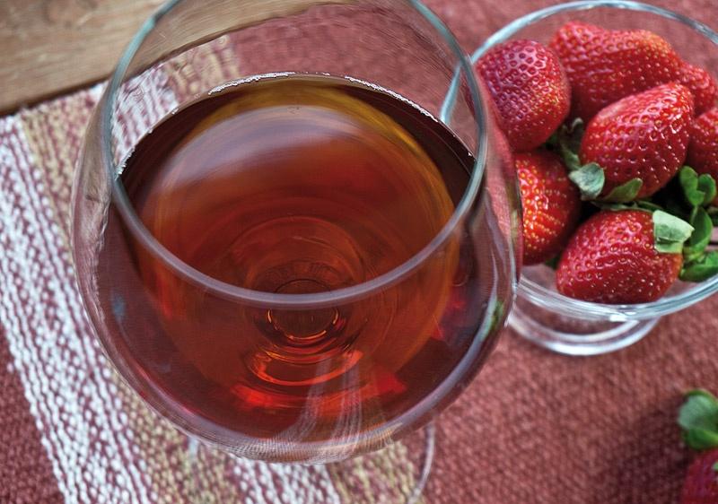 Вино из клубники в домашних условиях простой рецепт с фото пошагово