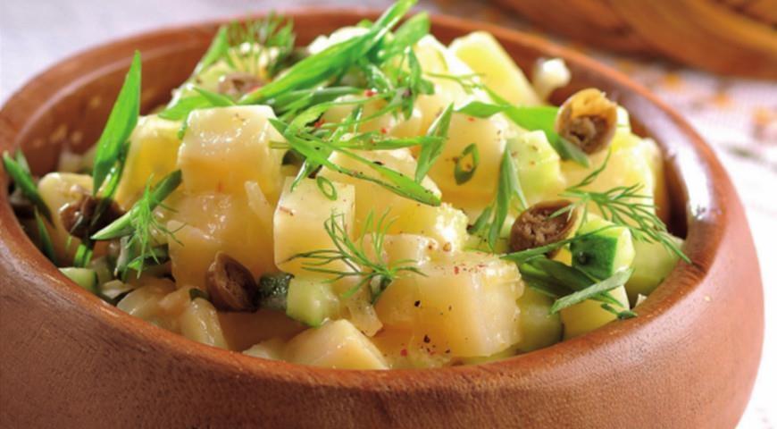 Салат из картошки и огурцами