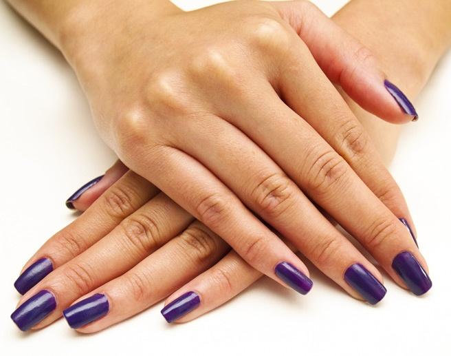 Ногти для деловой женщины