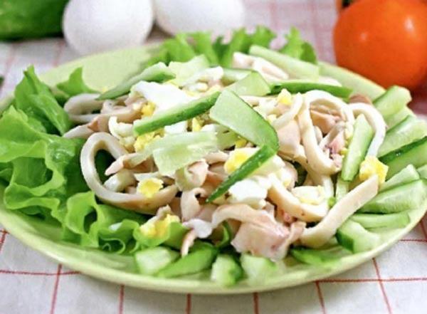 Салат с кальмарами и огурцом рецепт с пошагово