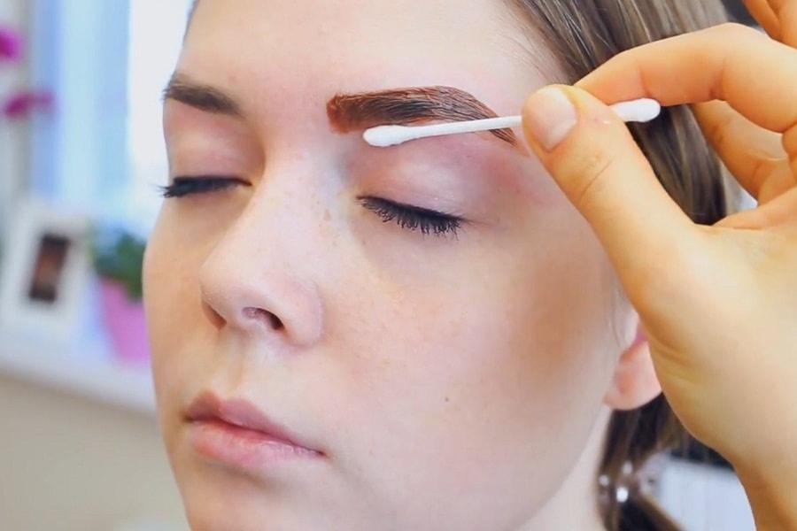 Техника окрашивание бровей краской