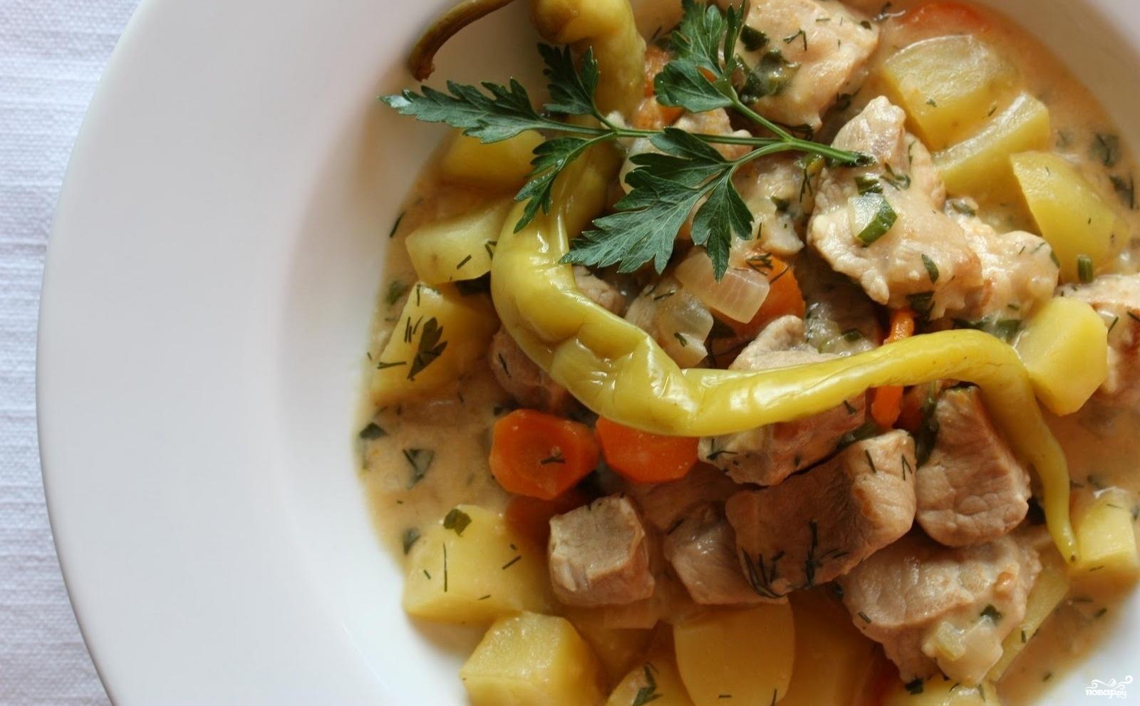Мясо с кабачками и картошкой в мультиварке рецепт с фото
