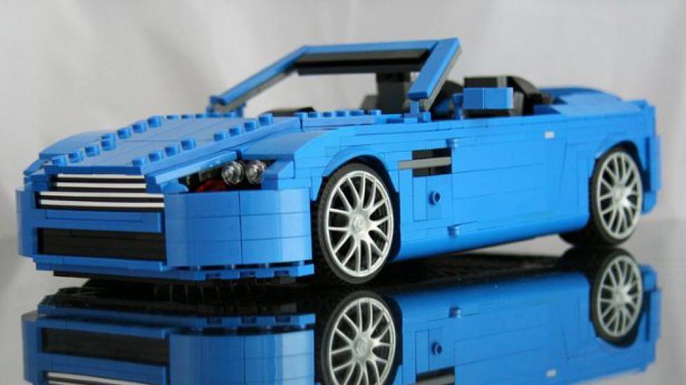 Раз уж Lego выпускает фирменную реплику Mini Cooper, вот вам самые клевые тачки из кирпичиков - карточка от пользователя awd.v в