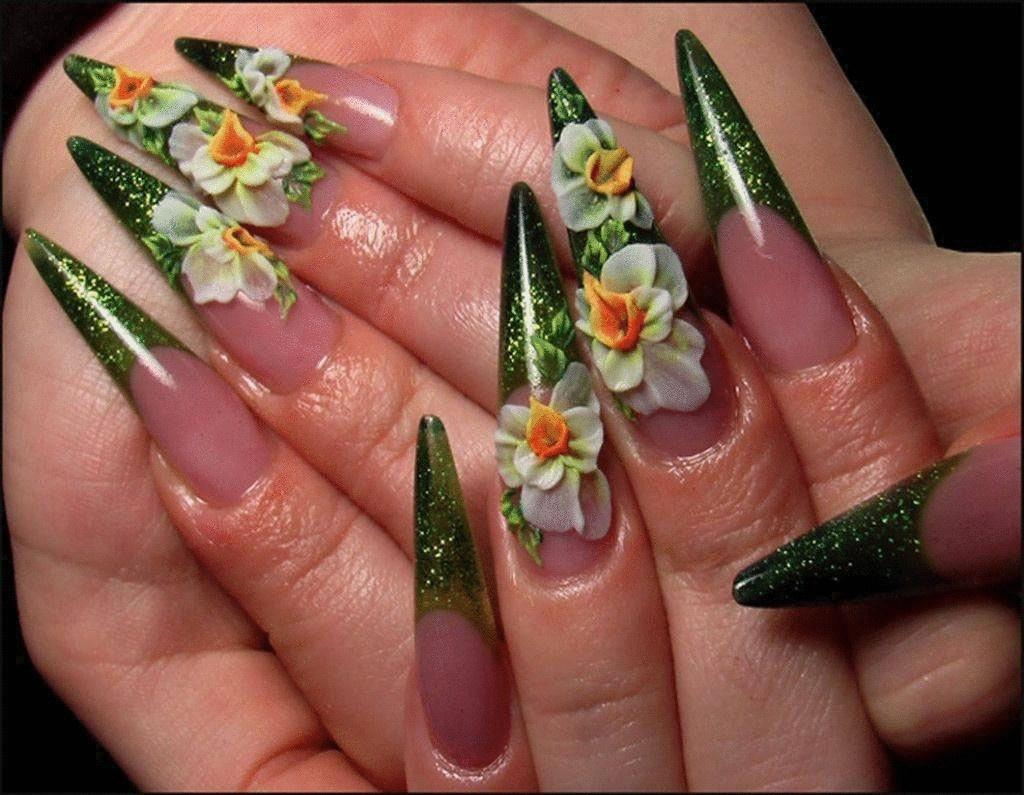 Акриловые ногти с
