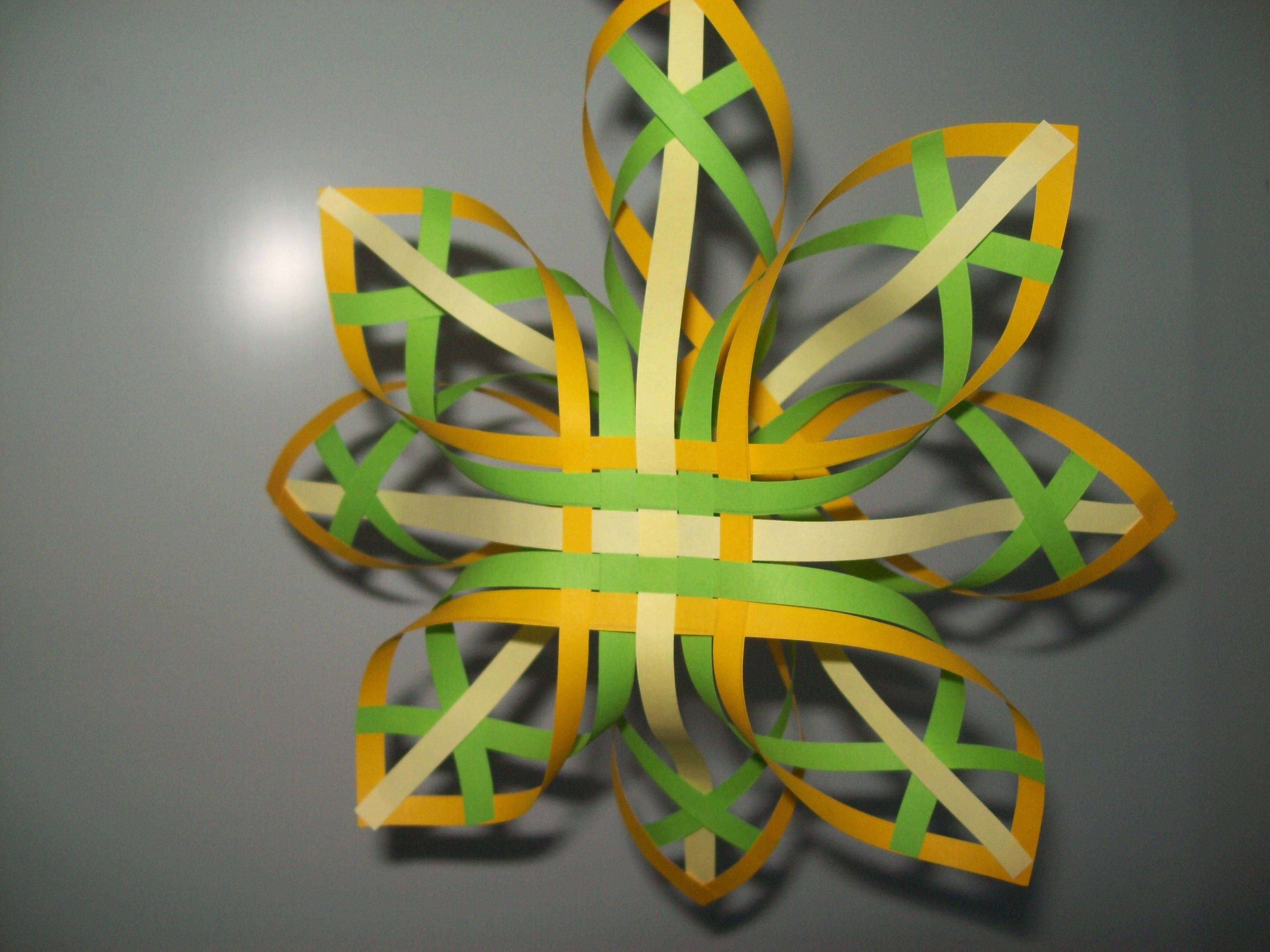 Как сделать объемную снежинку из полосок бумаги - карточка от пользователя irina.danishevskaja в Яндекс.Коллекциях