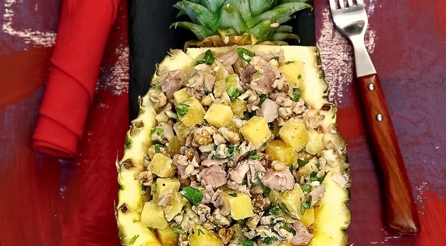 Салат с ананасом и курицей рецепт пошаговый с