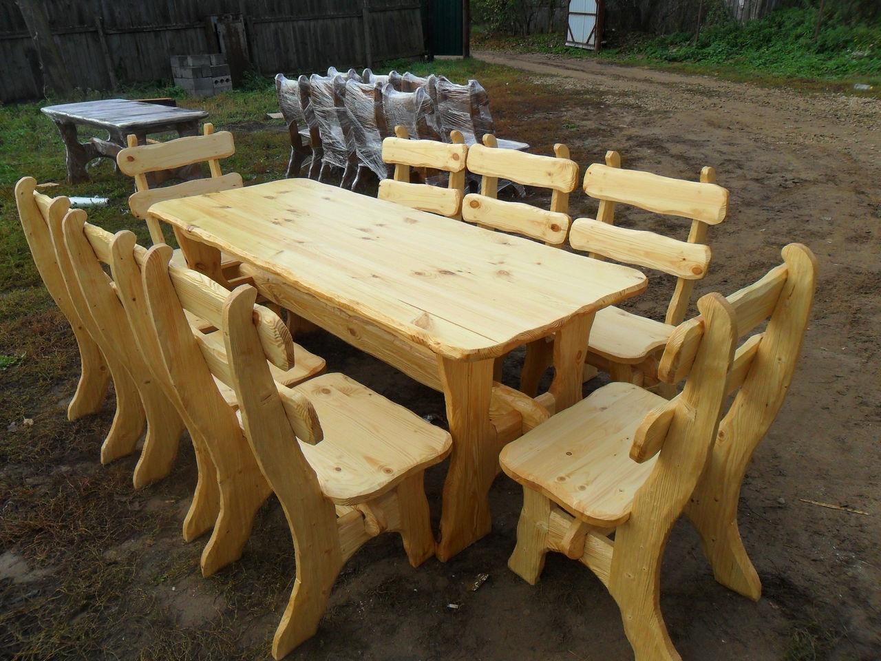 Деревянные столы из дерева