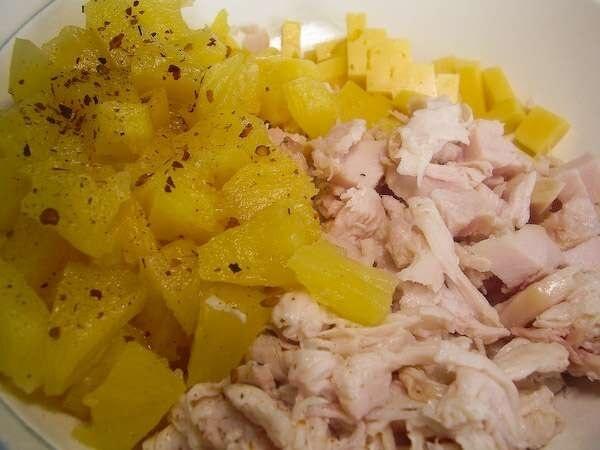 Копченая курица с ананасами салат рецепт