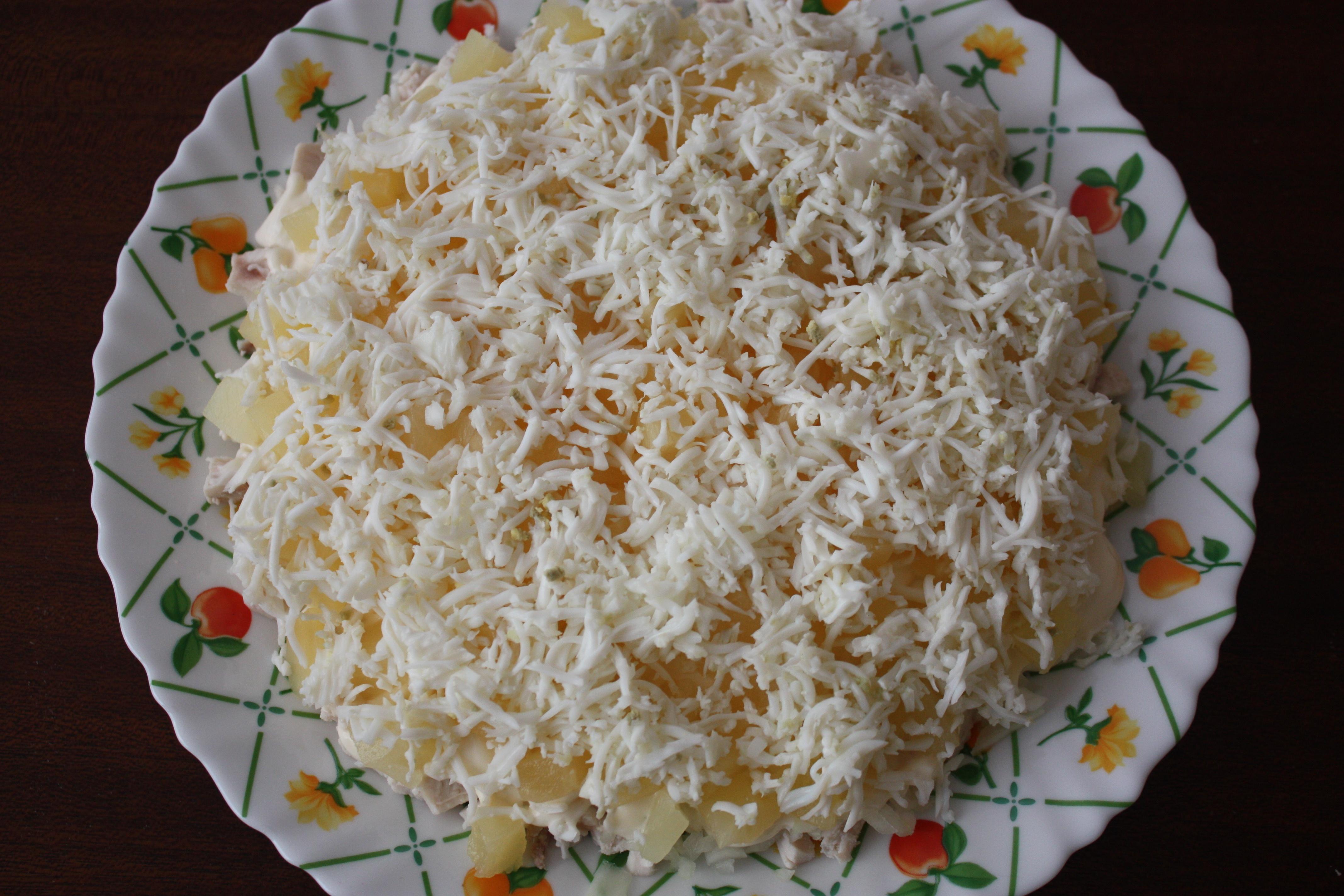Салат ананасы курица вареная