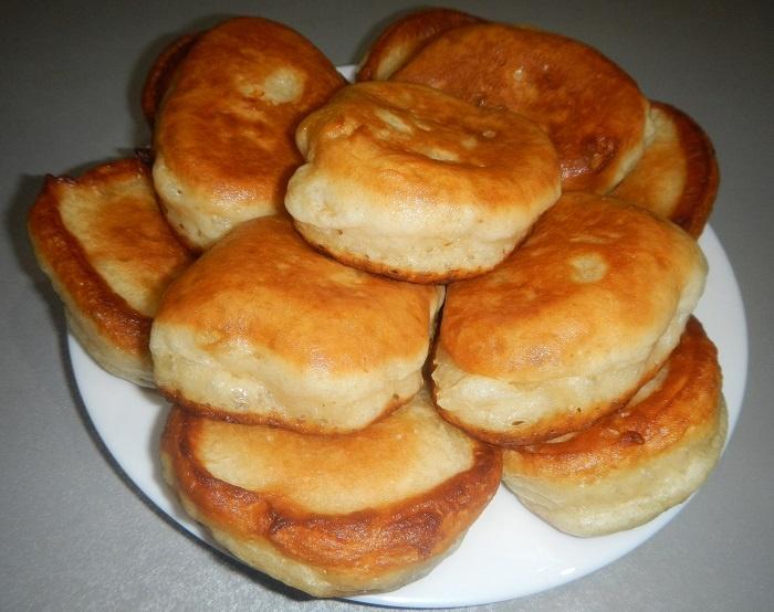 Пышные оладьи на горячем кефире рецепт с фото пошагово