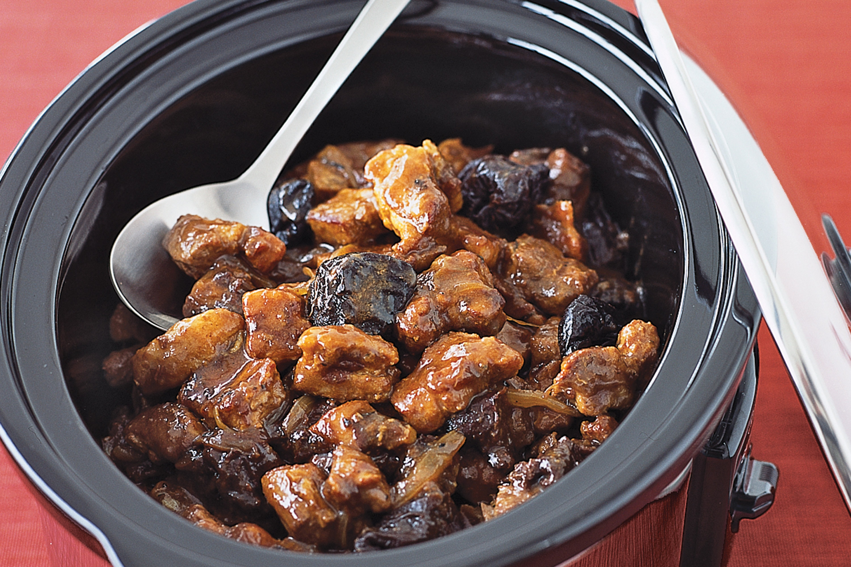Мясо тушёное с черносливом в мультиварке рецепты с фото