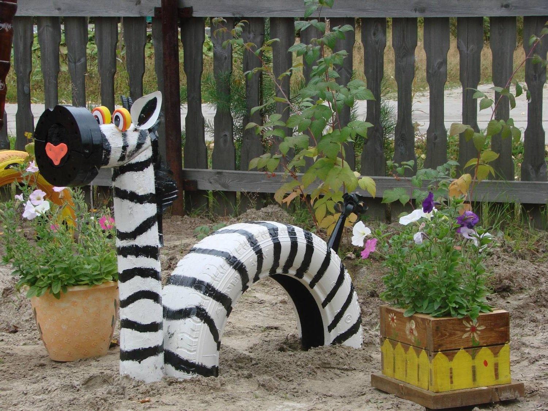 Поделки на садовые участки