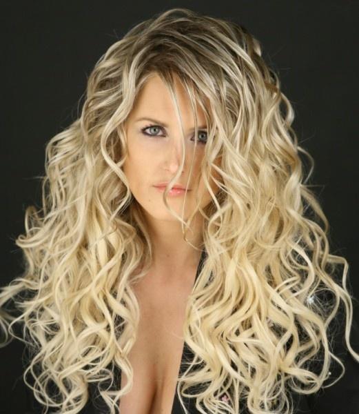 Прически с химией на длинные волосы