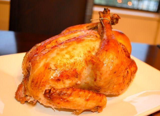 Как вкусно запечь курицу целиком