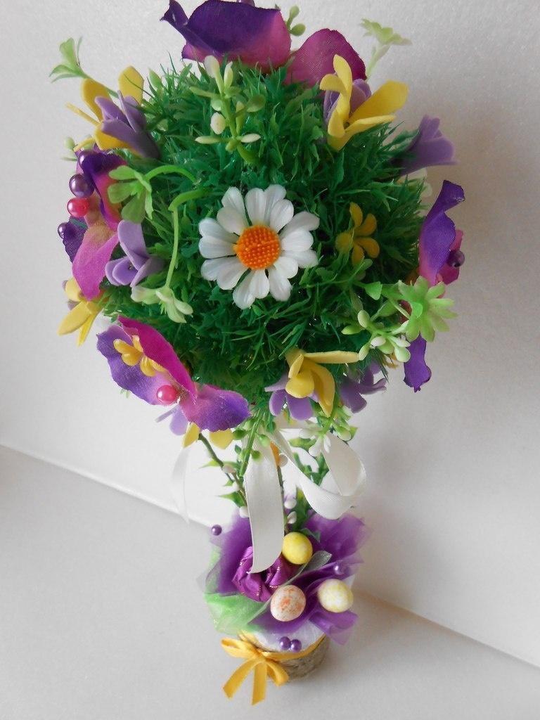 Искусственные цветы на пасху