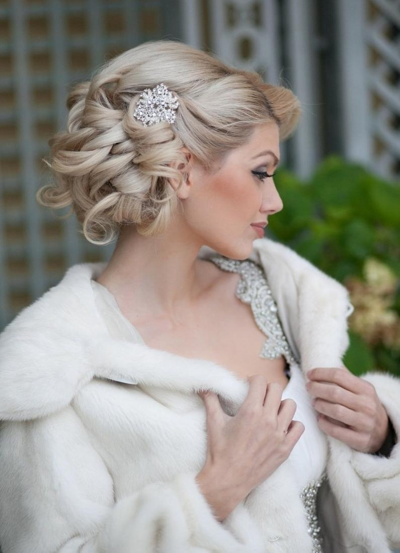 свадебные прически в греческом стиле ампир 2011 фото
