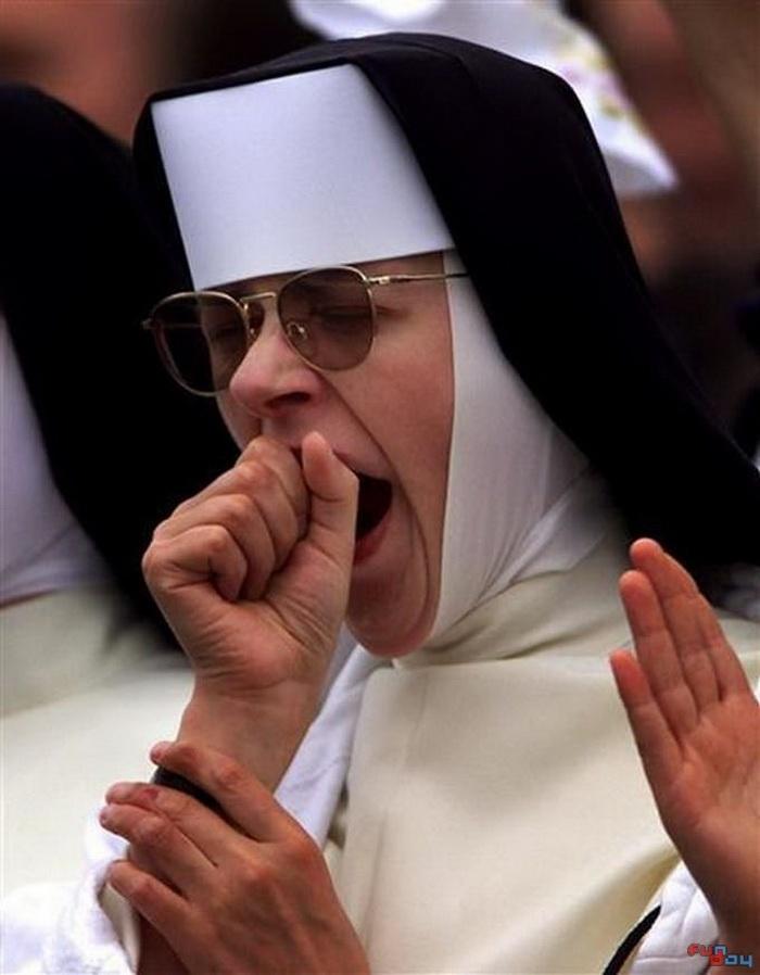 Почему зевают при чтении молитвы