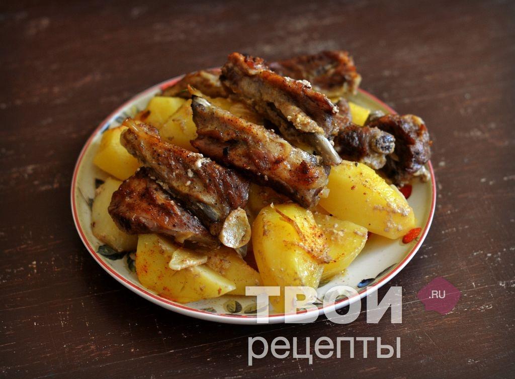 Запеченные ребрышки с картошкой с фото