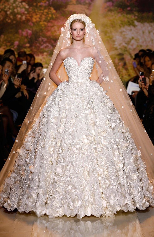 Модные свадебные платья в этом году