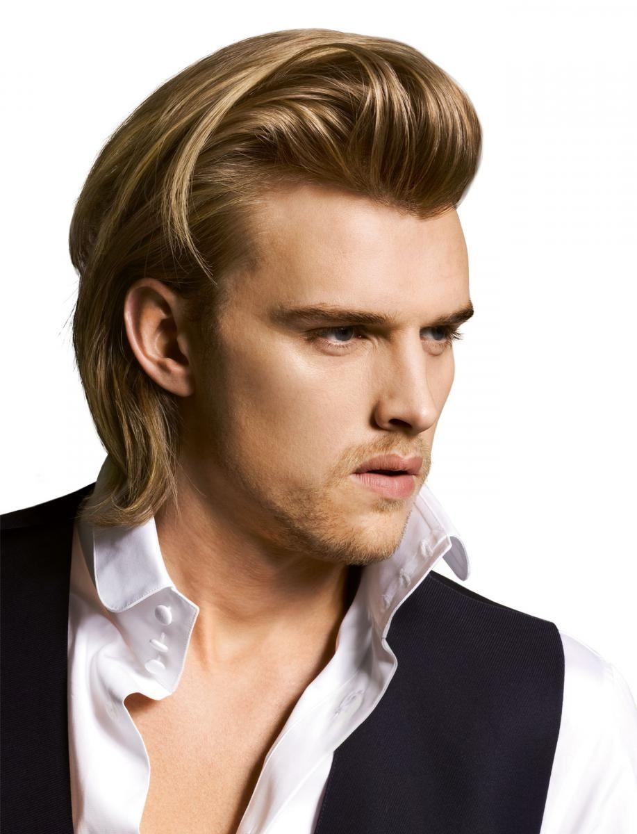Модельная мужская стрижка и укладка волос