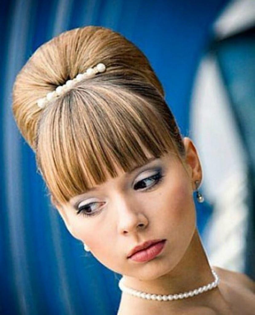 Причёски на короткие волосы с прямой чёлкой