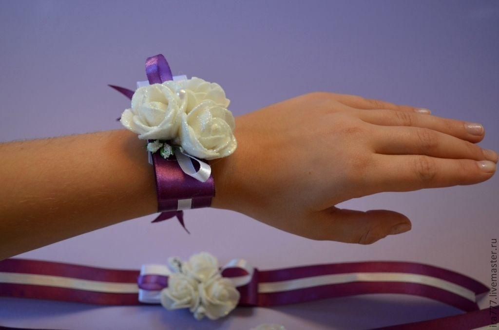 Бантики на руку подружкам невесты