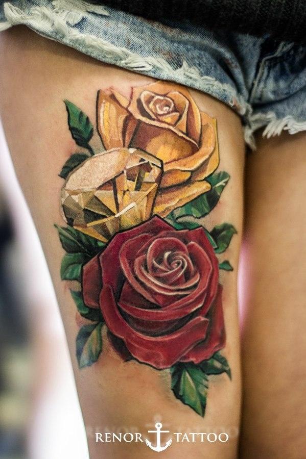 Розы и бриллиант тату