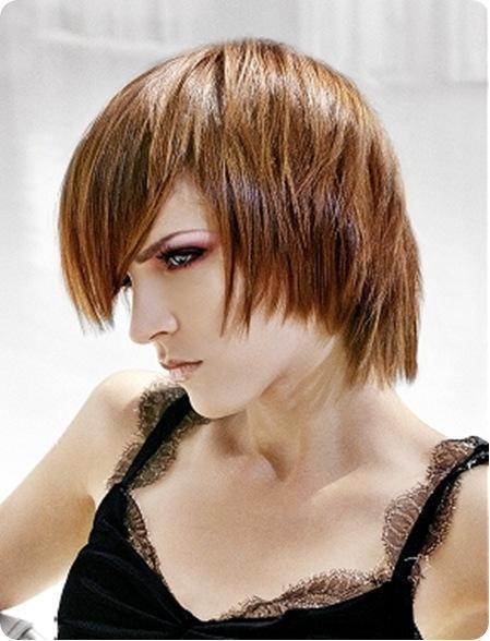 Причёска каскад на короткие волосы с косой чёлкой