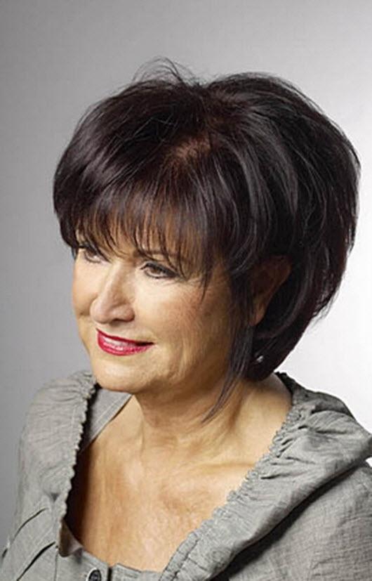 Прическа для 50 летней женщины с круглым лицом