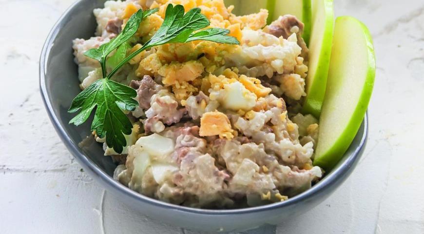 Салат с печенью трески с рисом рецепт с фото пошаговый