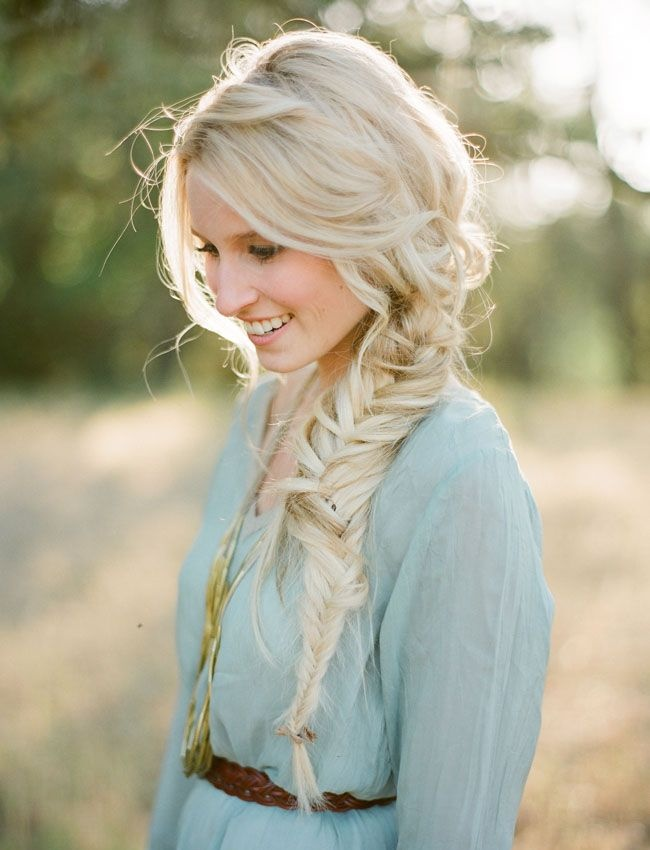 Прически для длинных волос блондинки