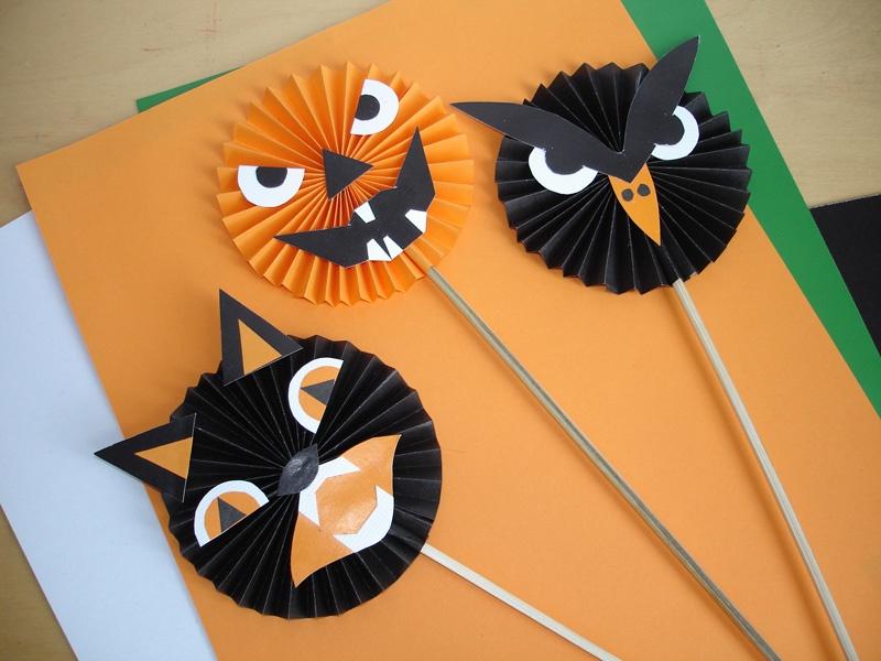 Как сделать поделку на хэллоуин из бумаги