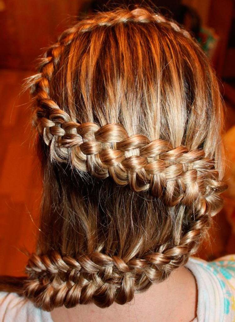 Прически из плетеных кос