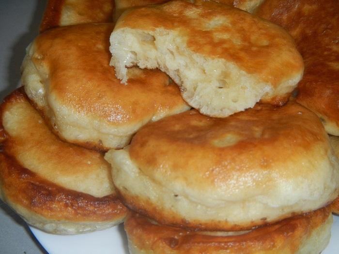 Рецепт пышных оладушек на кефире с фото пошагово