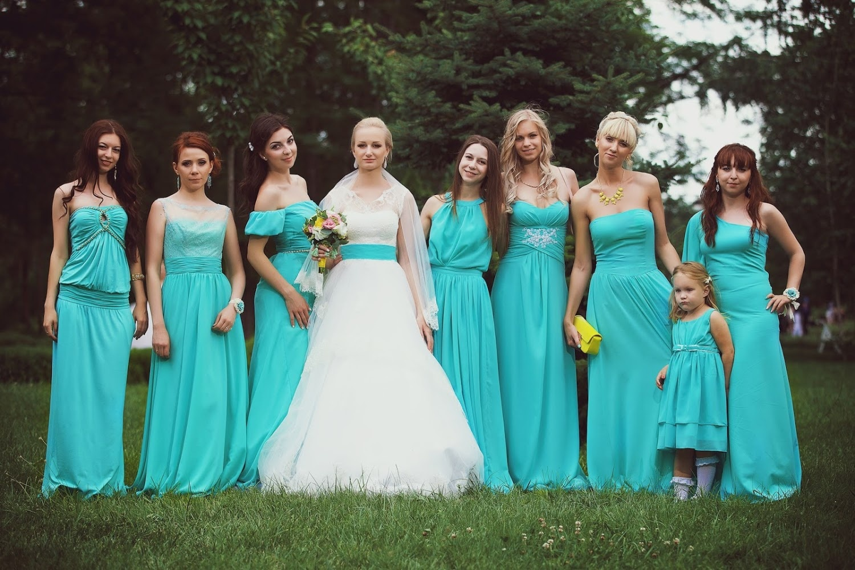 Платье на свадьбу в бирюзовом цвете