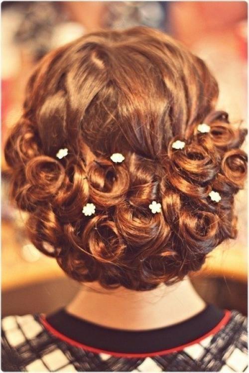 Нарядные причёски на средние волосы с челкой