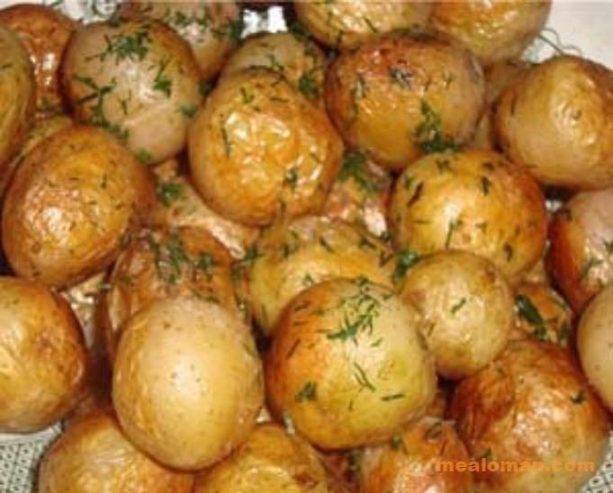 Целый картофель в мультиварке рецепты с фото