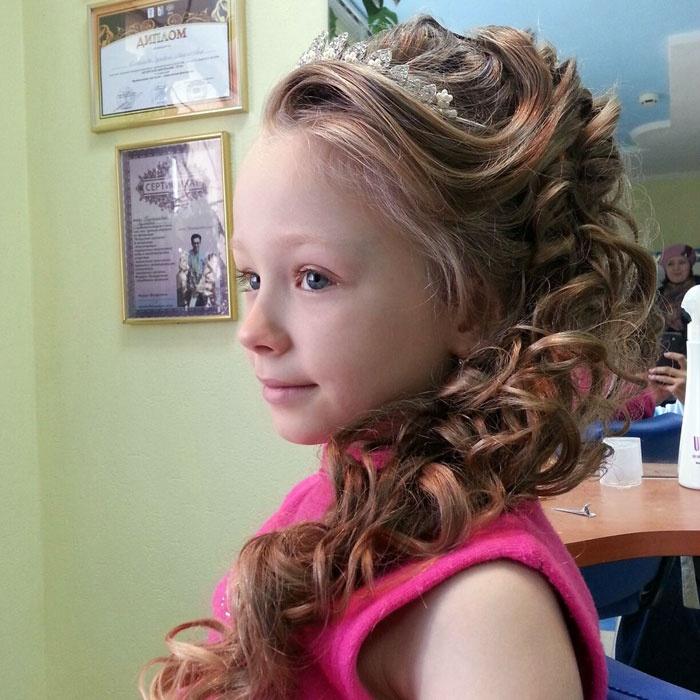 Укладка для девочек причёски