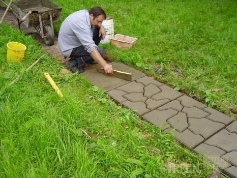 Как сделать дорожку из бетона