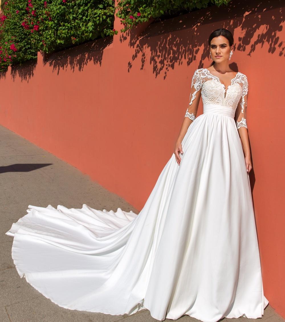 Свадебные платья crystal