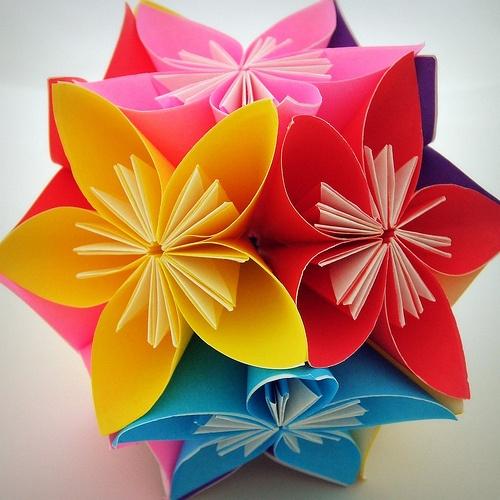 Красивые поделки из цветной бумаги